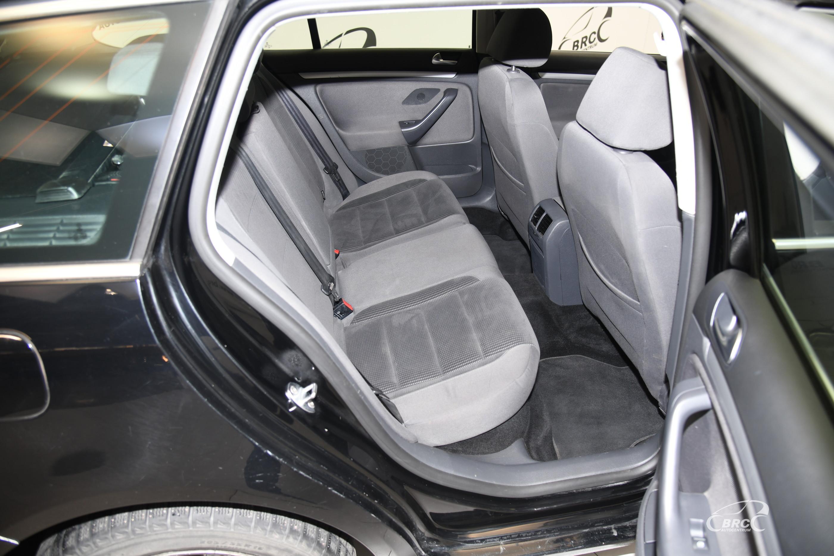 Volkswagen Golf 2.0 TDI Variant Automatas