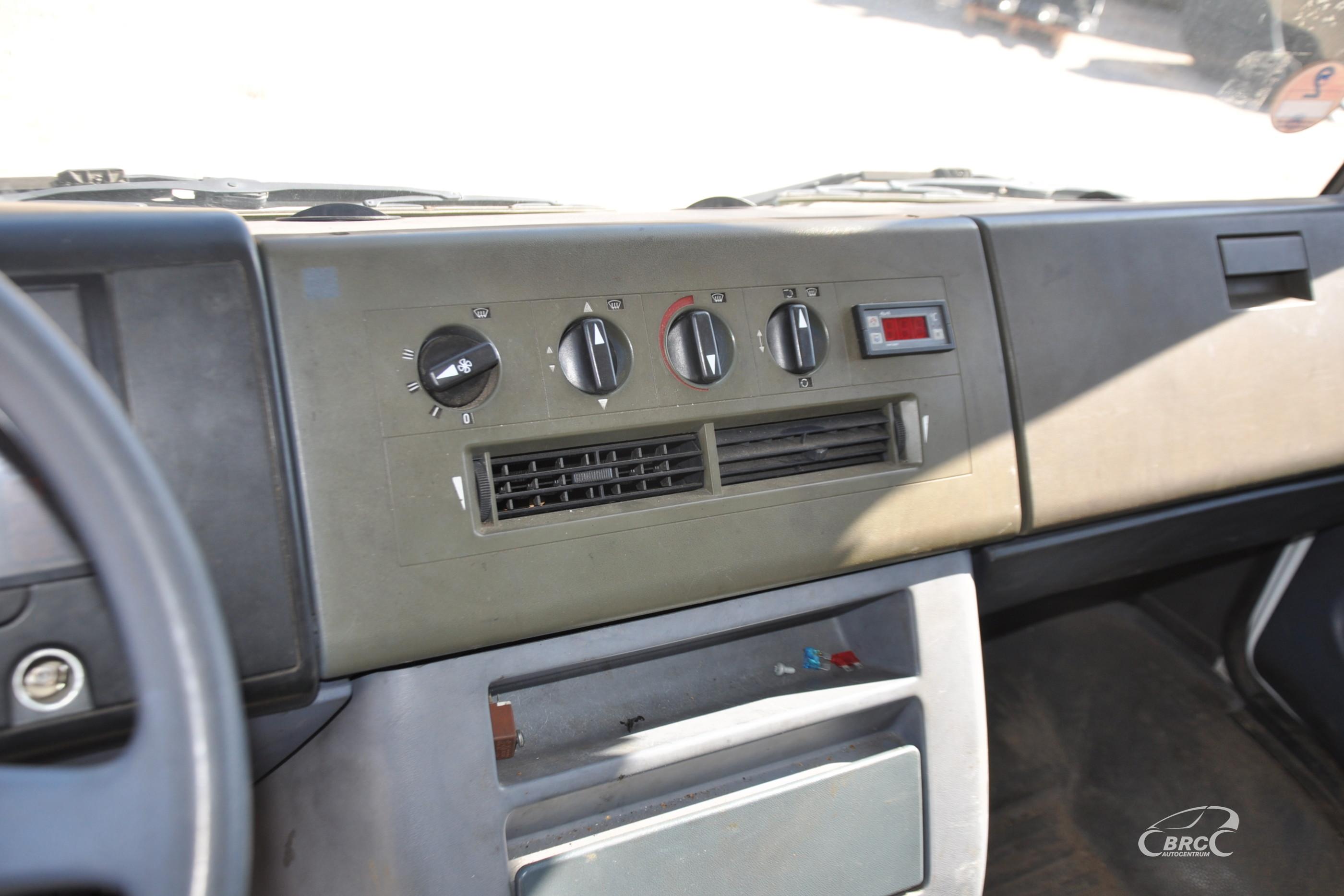 Mercedes-Benz 812