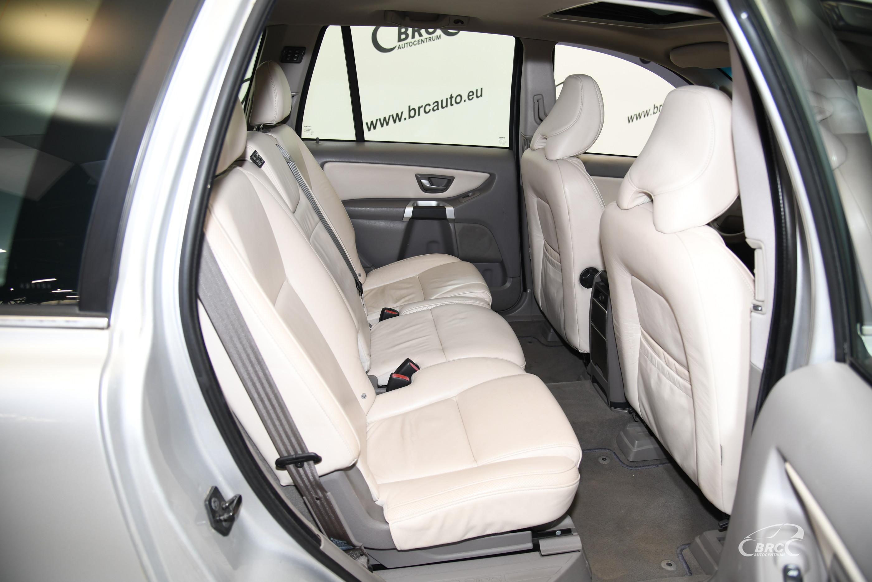 Volvo XC 90 2.4 D5 AWD Summum Automatas
