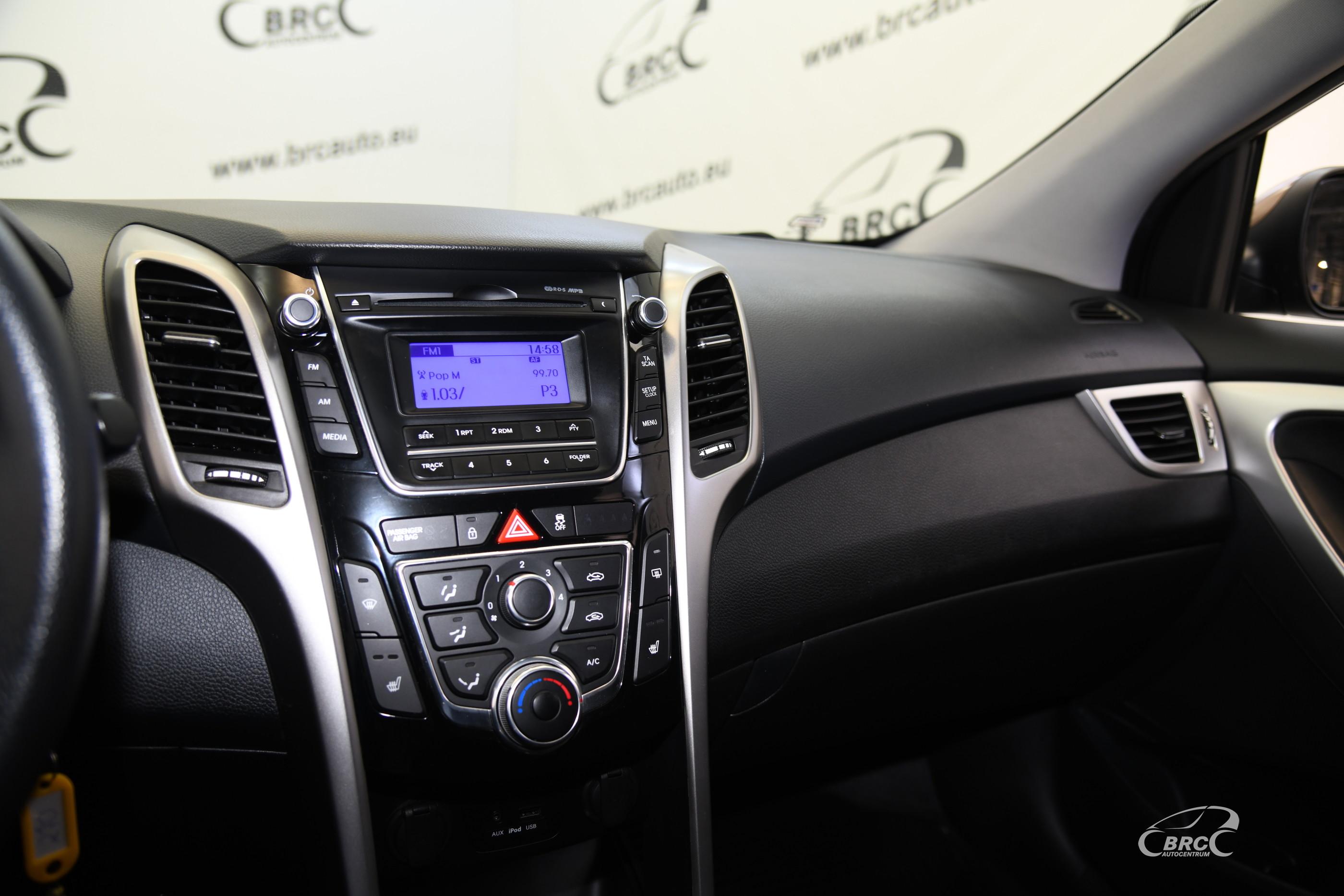 Hyundai i30 1.4 CRDi BlueDrive Tourer