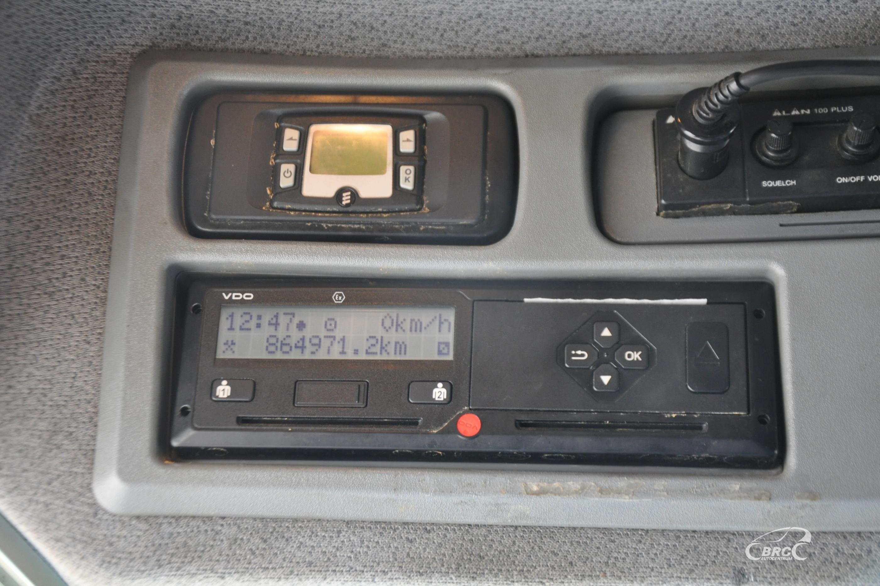 Mercedes-Benz 822 Tauras