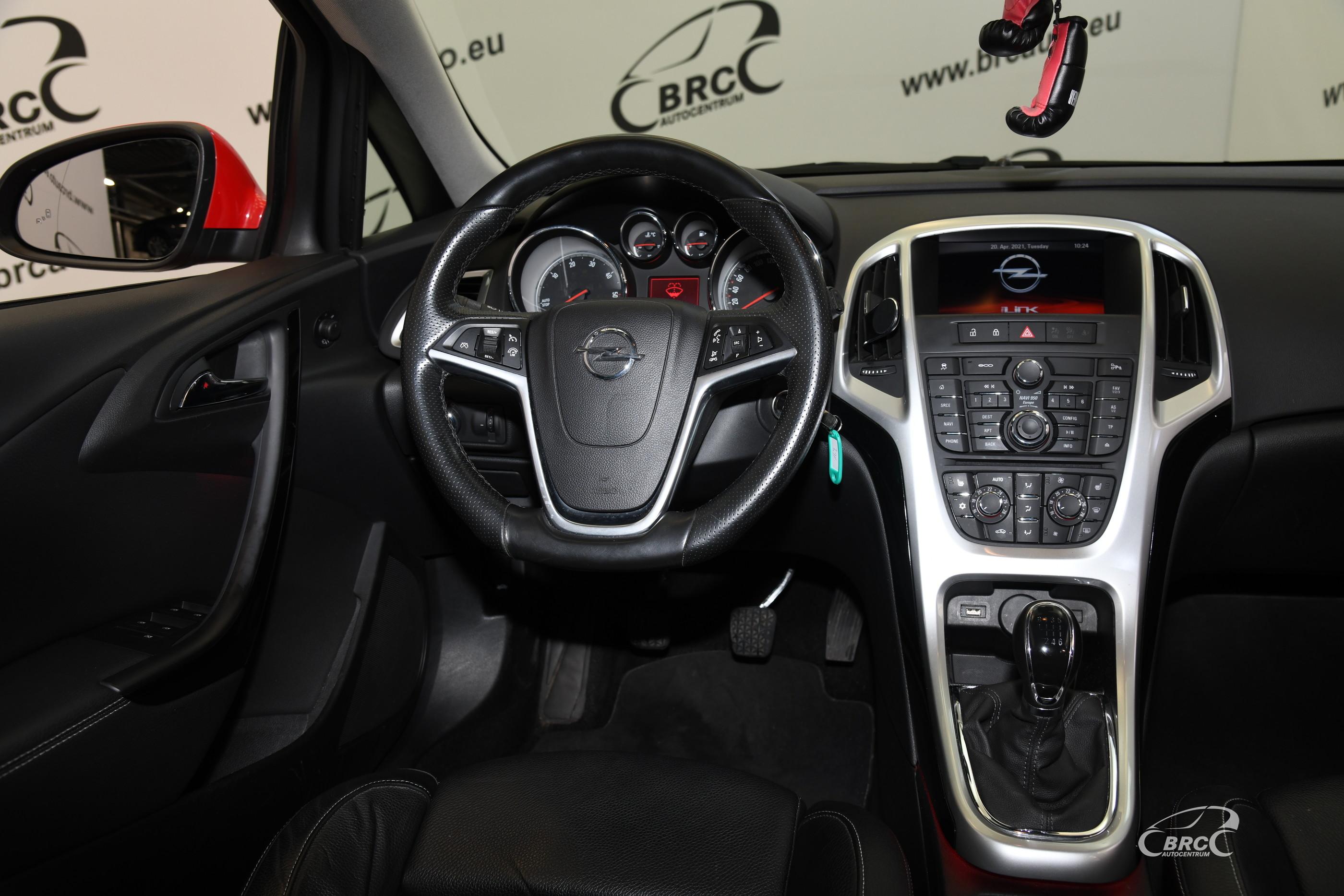 Opel Astra 1.6 CDTi OPC Line Sports Tourer