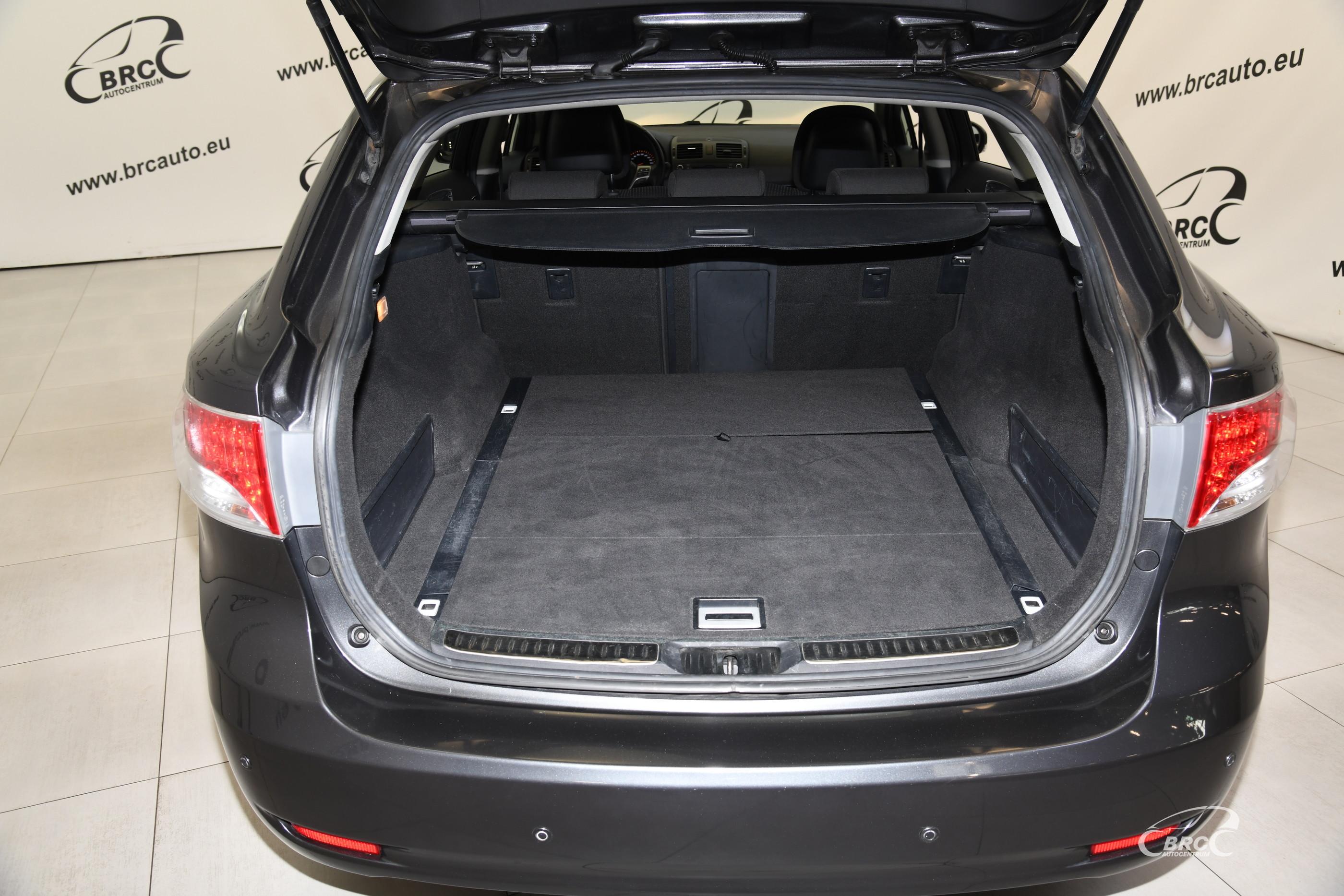 Toyota Avensis 1.8 VVT-i Wagon