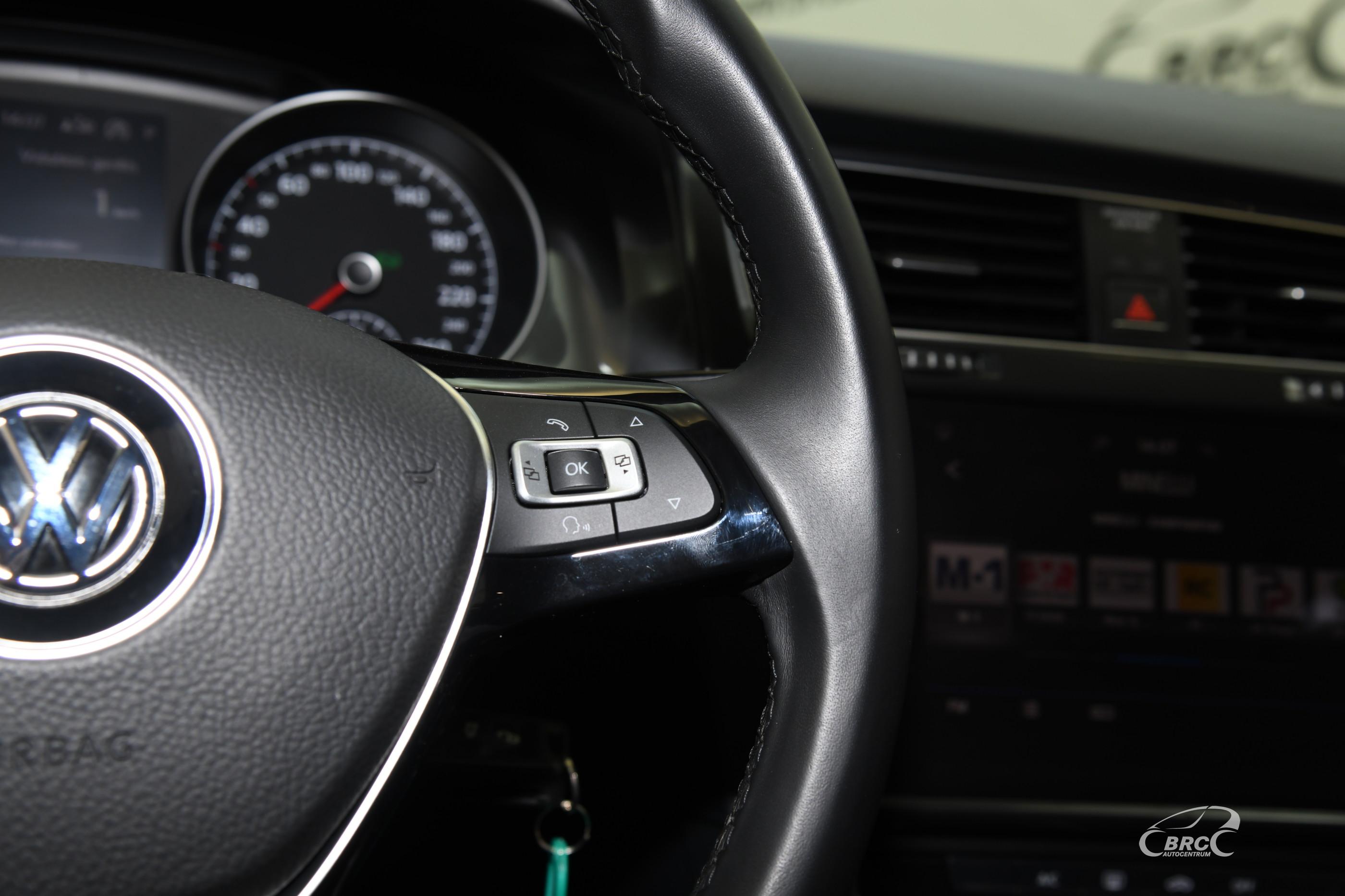 Volkswagen Golf 1.6 TDI Automatas