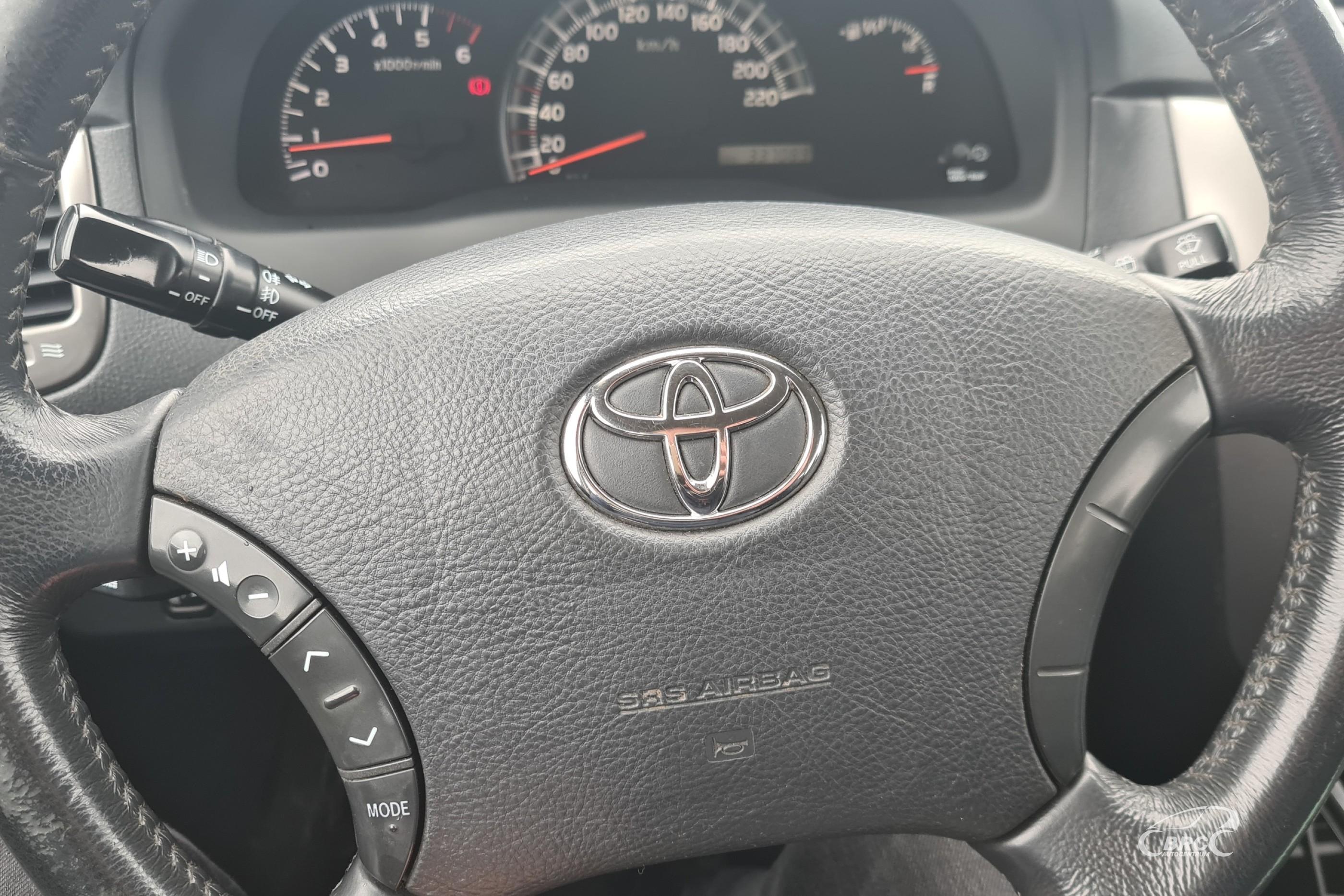 Toyota Avensis Verso D4D