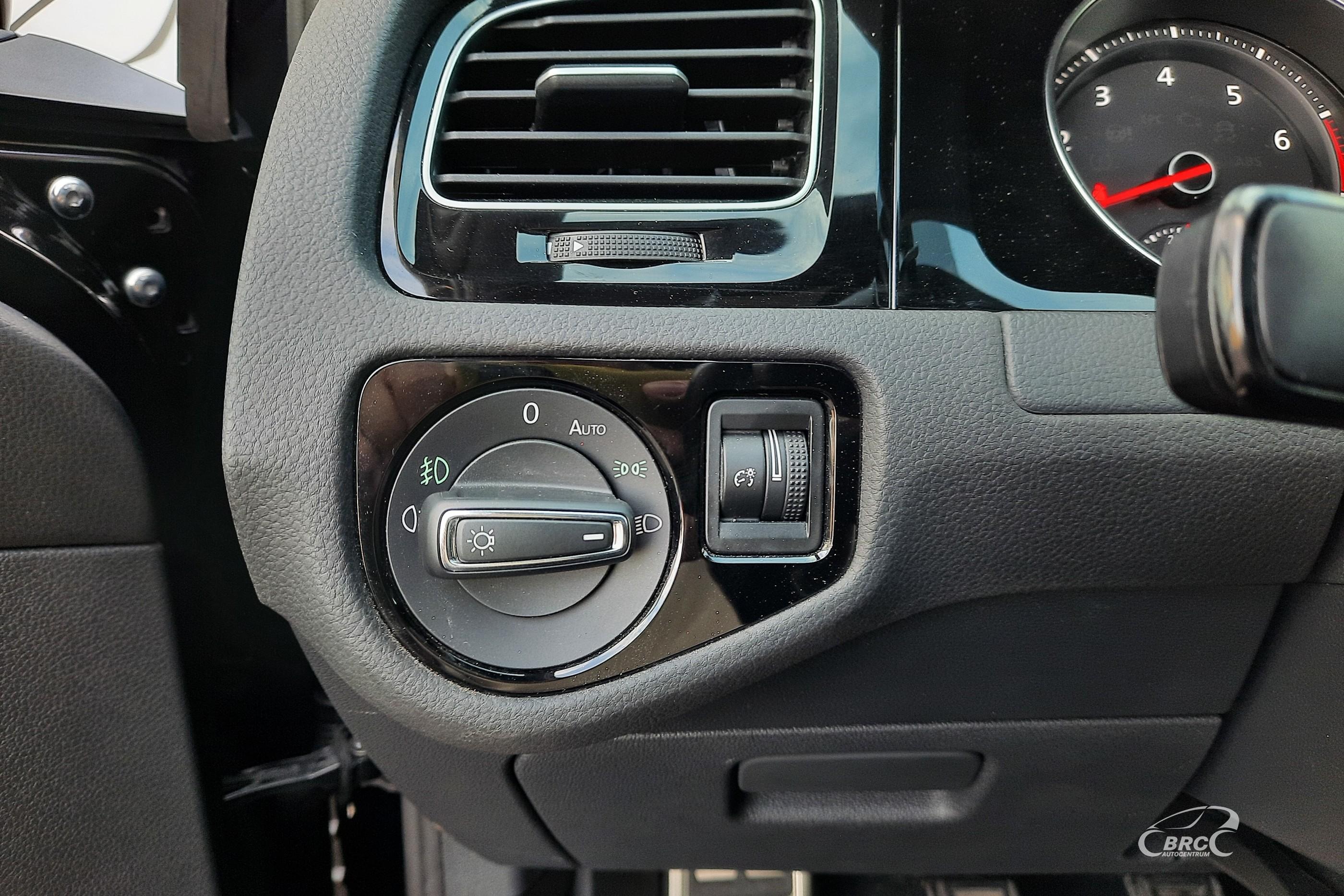 Volkswagen Golf 2.0i GTI