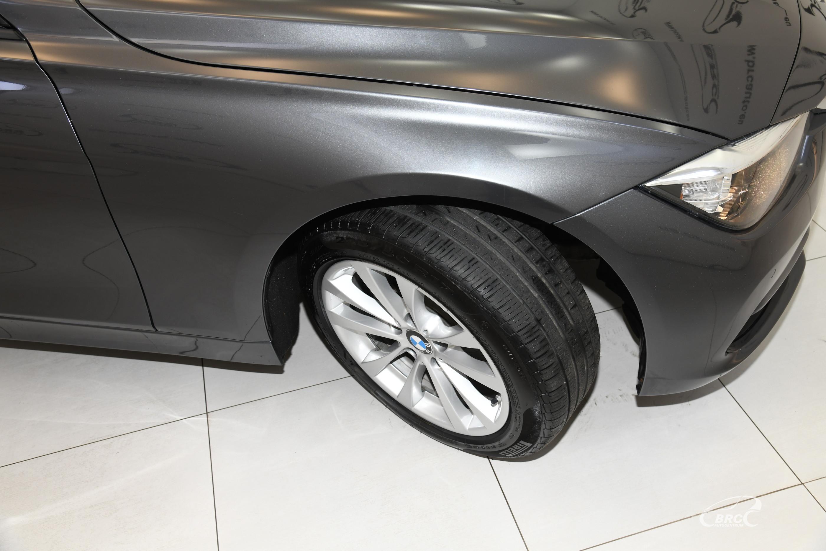 BMW 320 i xDrive Automatas