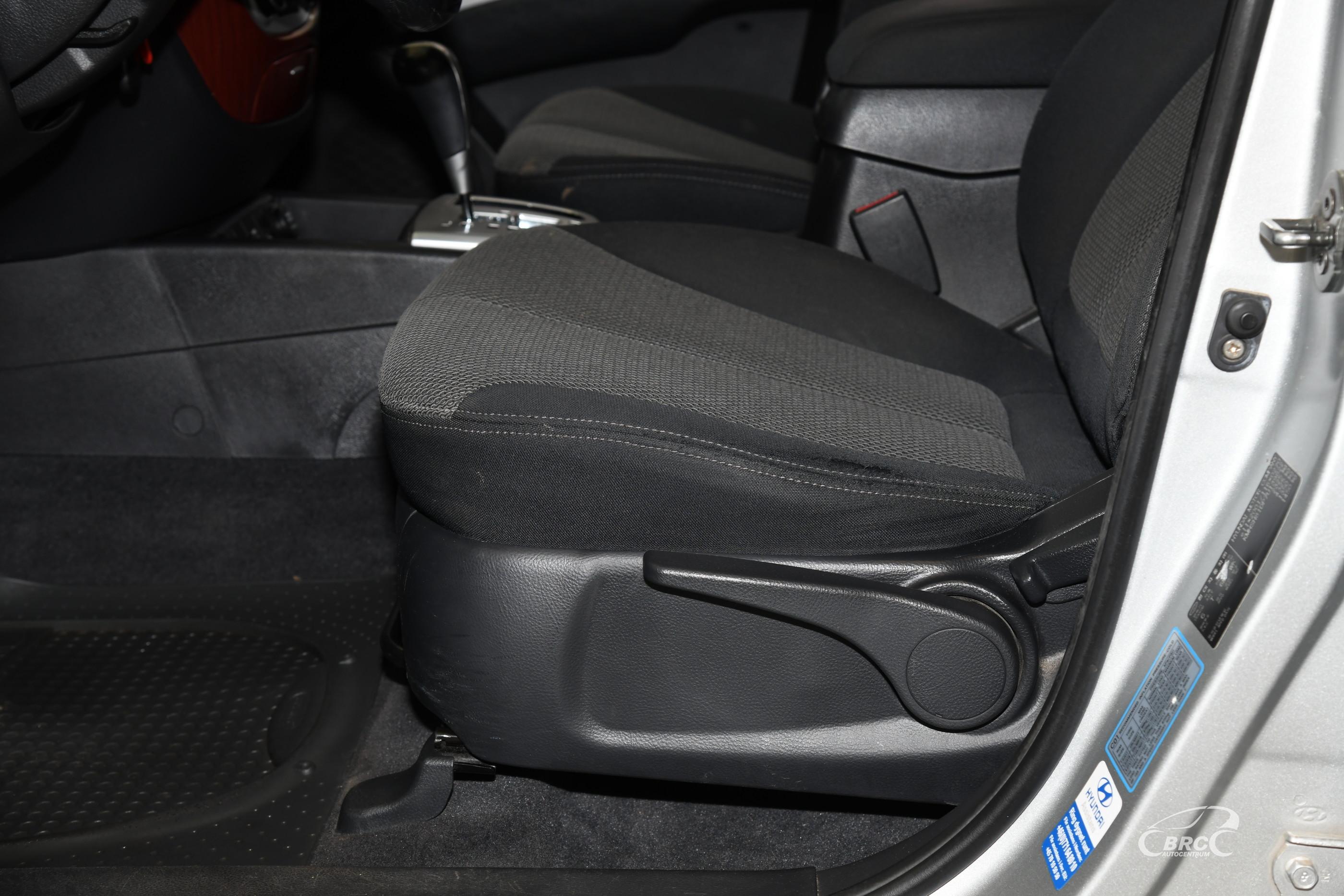 Hyundai Santa Fe 2.7i V6 AWD Automatas