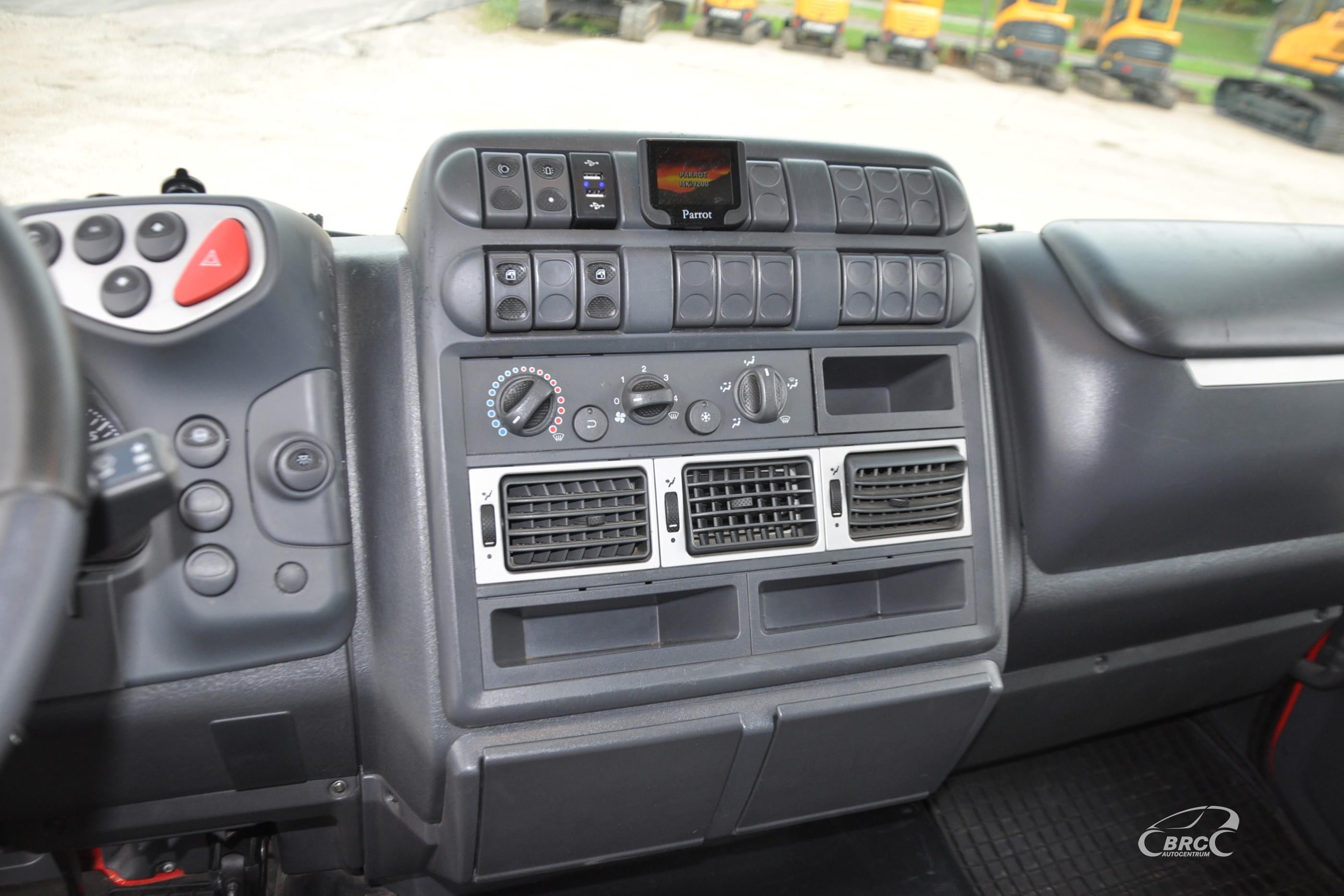 Iveco 120E24