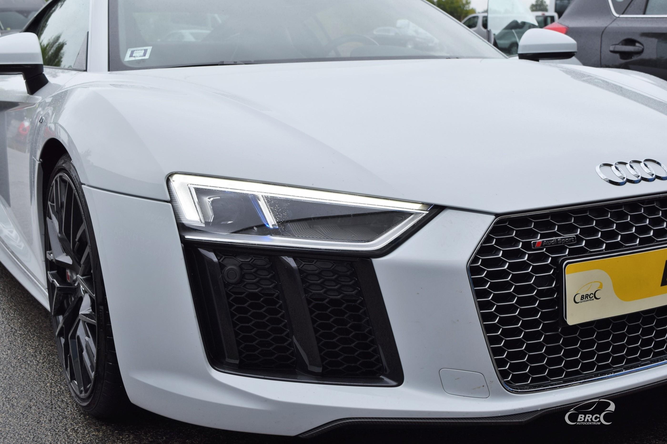 Audi R8 Coupe V10 Plus FSi Quattro S-Tronic