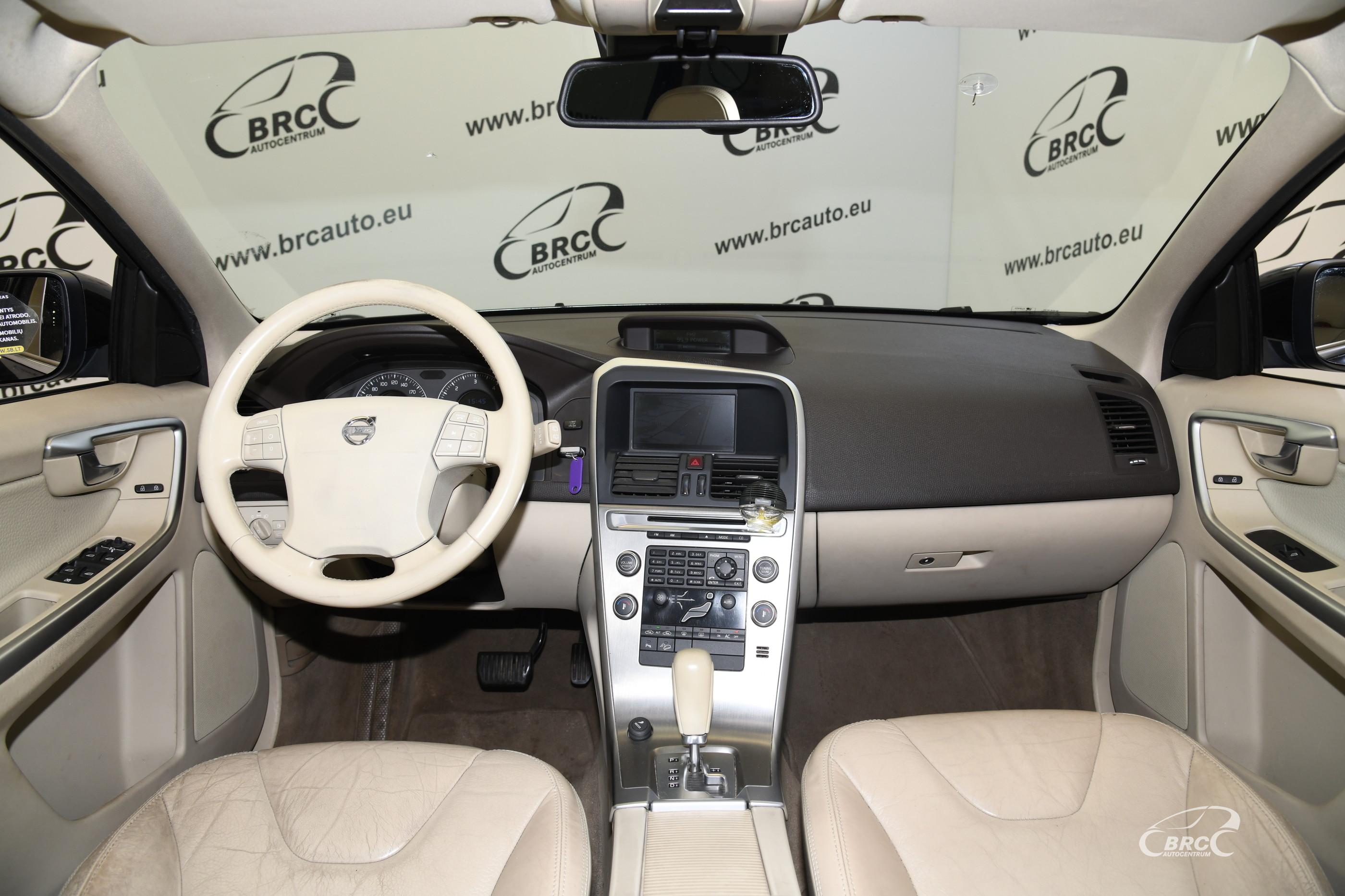 Volvo XC 60 2.4D AWD Automatas