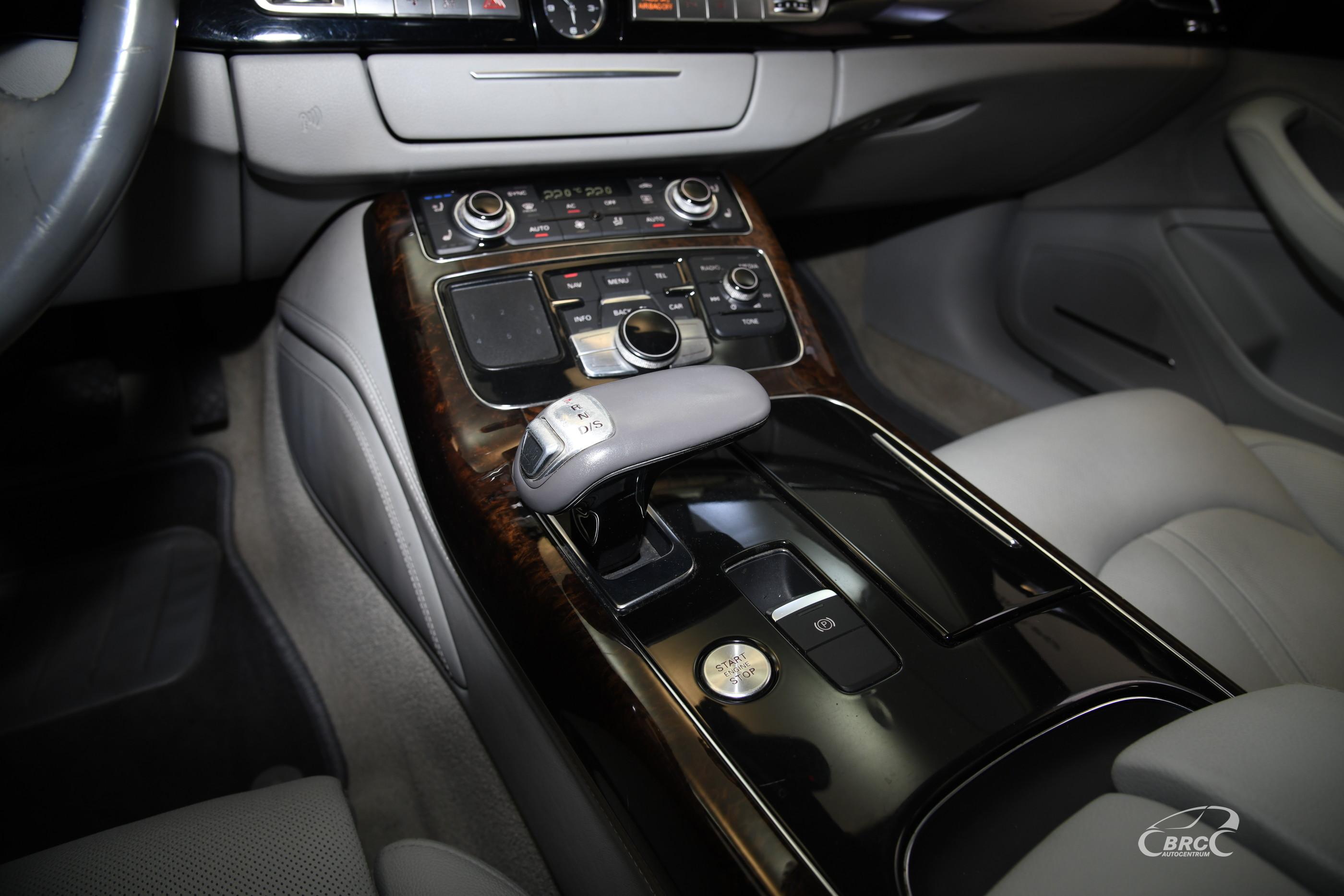Audi A8 4.2 FSI Long Quattro Automatas