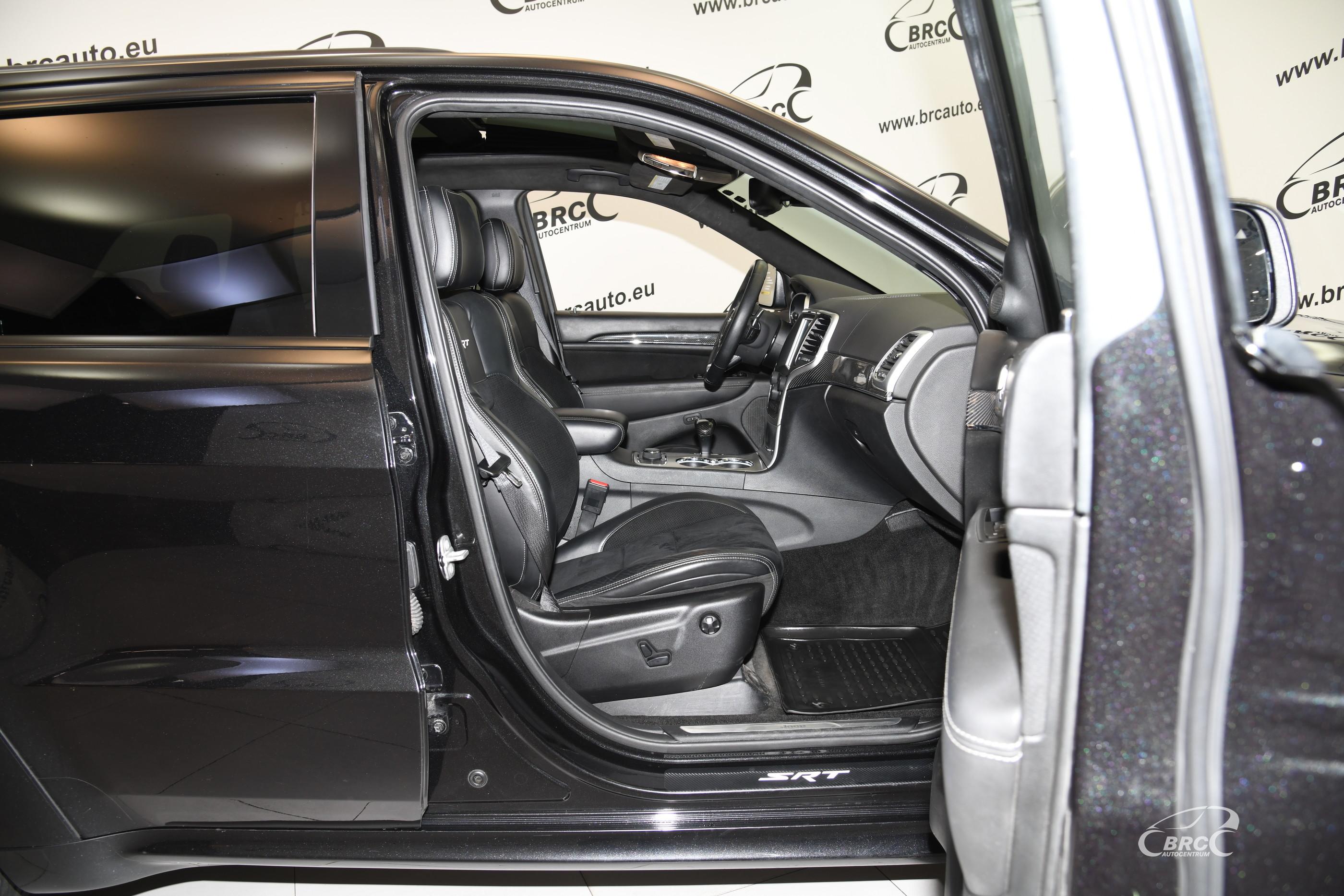 Jeep Grand Cherokee 6.4 SRT Automatas