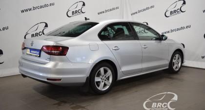 Volkswagen Jetta TDi Bluemotion DSG