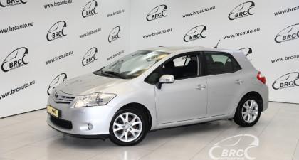 Toyota Auris 1.6 VVT-i Linea Sol Advanced