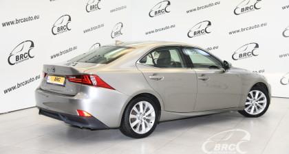 Lexus IS 300H Hybrid Automatas