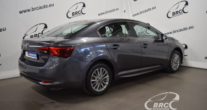 Toyota Avensis M/T