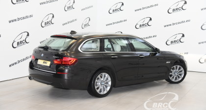 BMW 520 2.0 Modern Line Touring Automatas