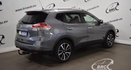 Nissan X-Trail FWD A/T