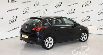Opel Astra 2.0 CDTI Cosmo Automatas