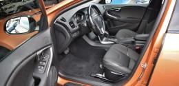 Volvo V40 Cross Country D3 Momentum