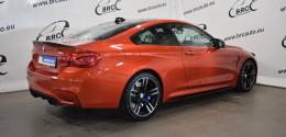 BMW M4 BMW Performance BodyKit