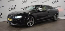 Audi RS5 Coupe Quattro 4.2 V8 A/T